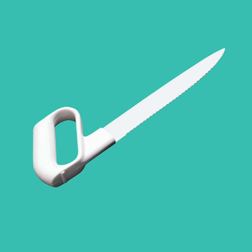 Couteau de cuisine à lame dentée