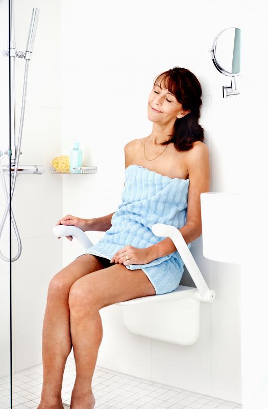 Siège de douche Relax avec accoudoirs blanc